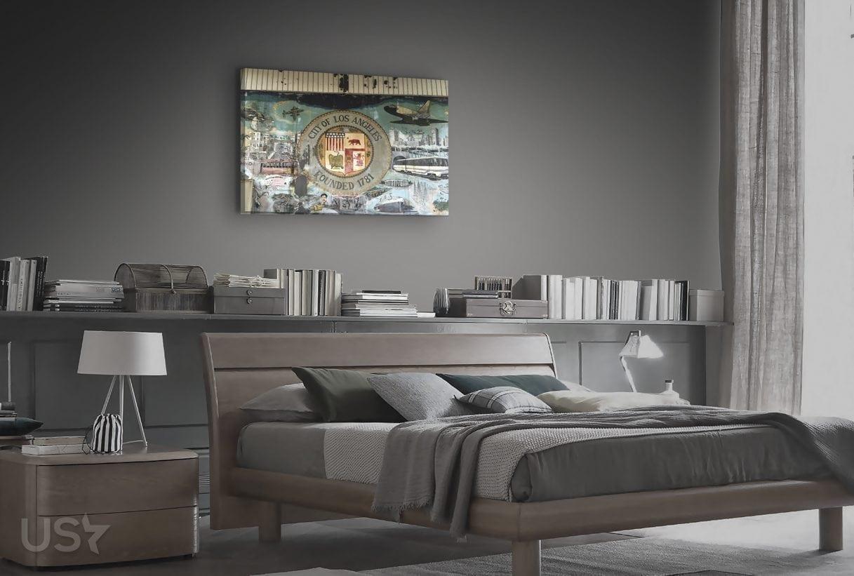 Los Angles Seal - Bedroom